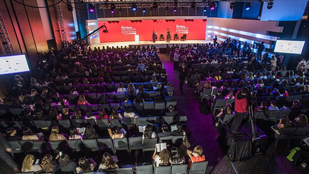 Retransmisión Foro Forbes Mujeres Poderosas 2017, el reto de trascender.