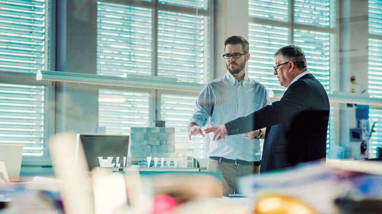Pocos millennials alcanzan puestos gerenciales o de directivo