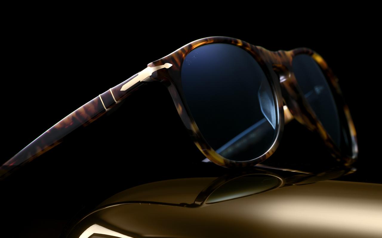 Estos lentes con oro celebran 100 años de Persol