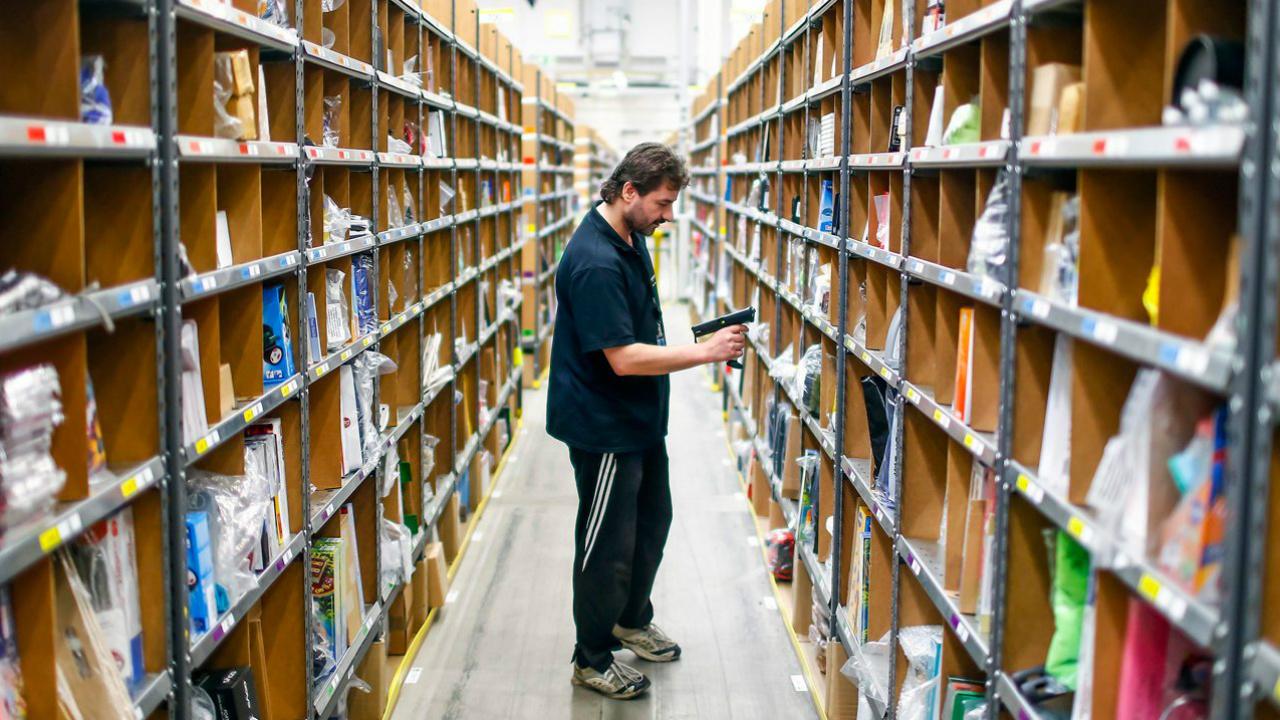 Amazon despide a más de 1,200 repartidores
