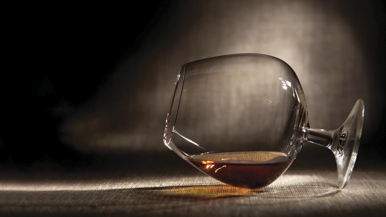 Declaran la guerra a Torres por el mercado del brandy