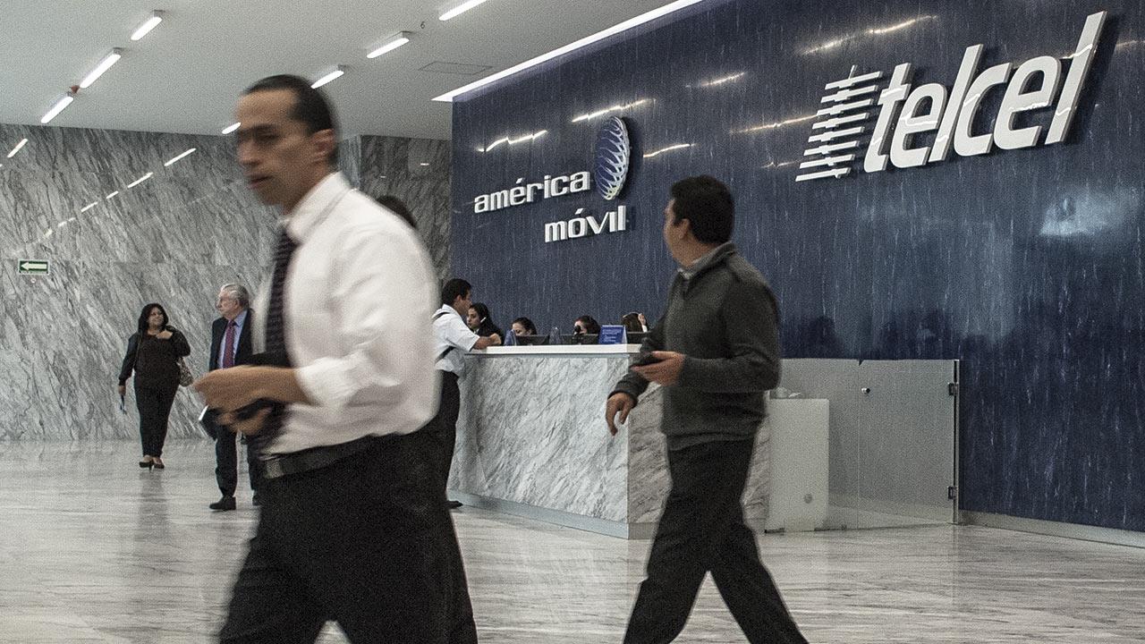 América Móvil, de Slim, reporta ganancias de 10,652 mdp en cuarto trimestre