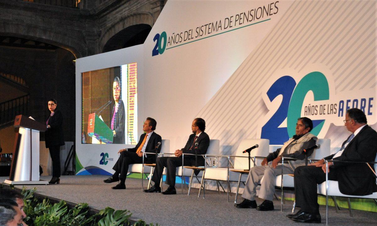 La  reforma a las pensiones tendrá que esperar, según Hacienda