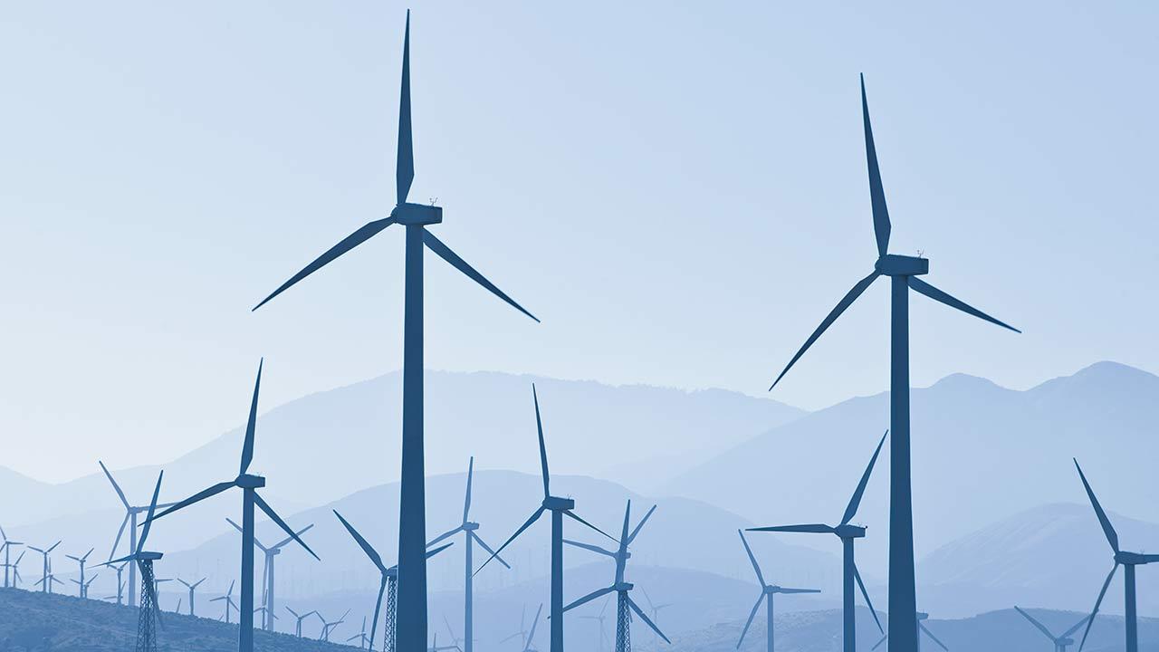 Gasoducto marino y planta eólica disparan ganancias de IEnova