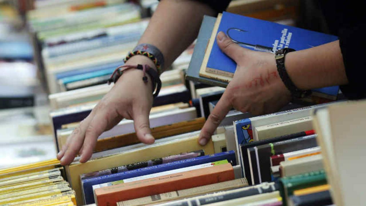 3 de los 10 libros más vendidos hablan de este político: Nielsen
