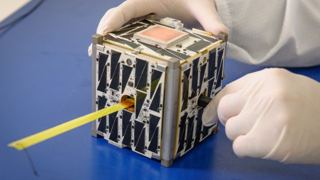 Universidad de Puebla lanzará nanosatélite al espacio durante 2019