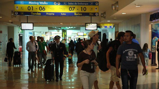 pasajeros-panama-aeropuerto
