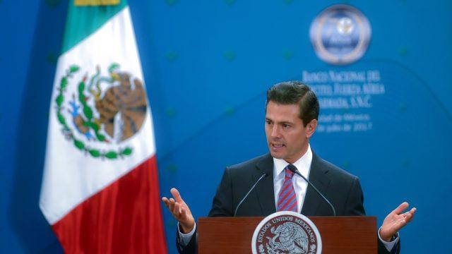 EPN ordena separar a funcionarios por obras en Paso Express