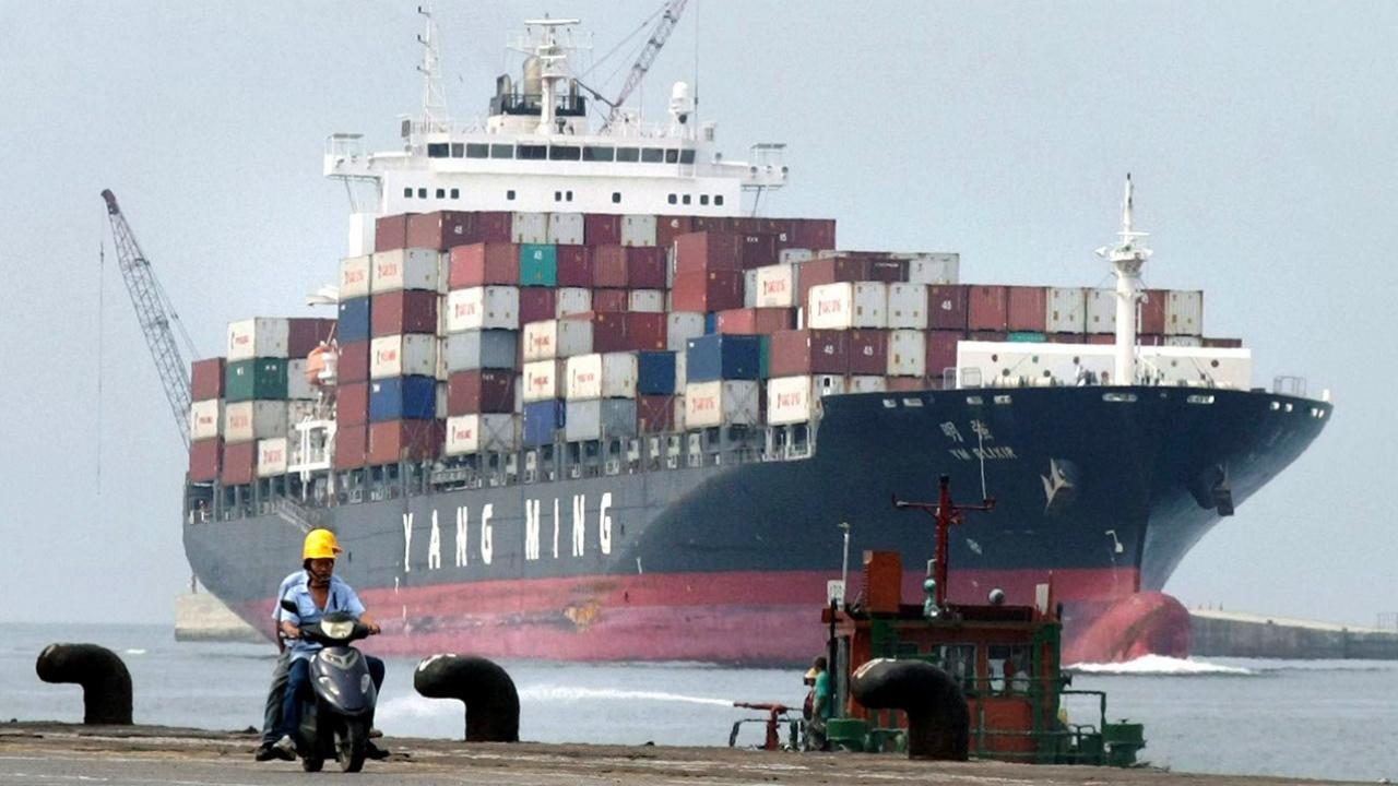 China exime algunos bienes de EU de aranceles antes de negociaciones