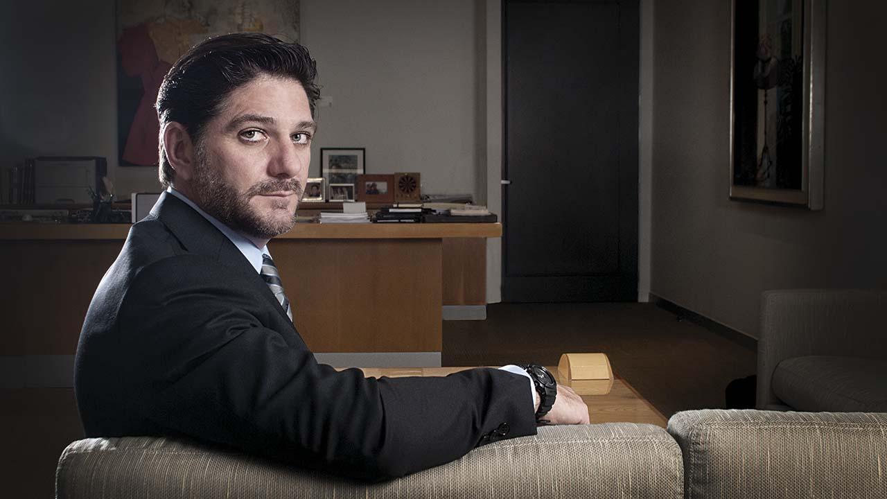 Jaime González Aguadé renuncia a la presidencia de la CNBV