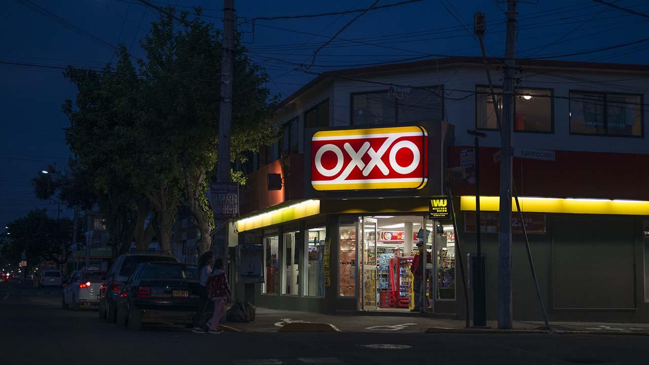 Ahora podrás recoger tus pedidos de Amazon en el OXXO