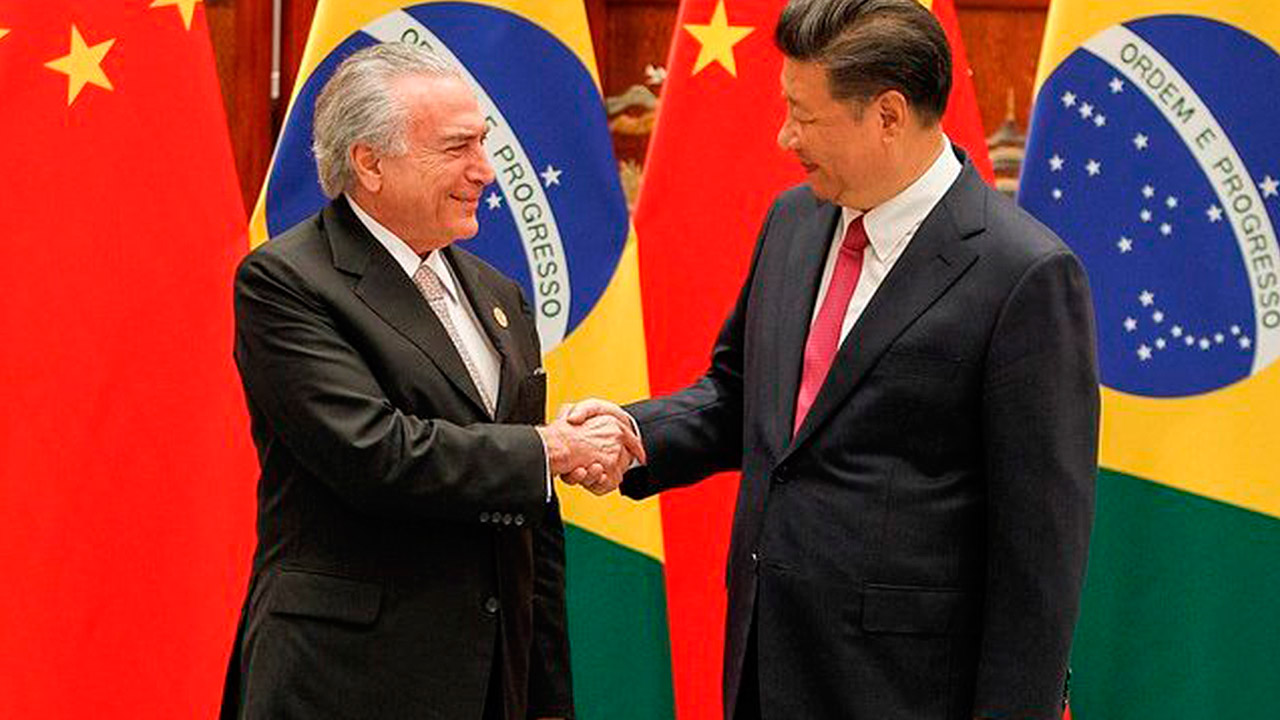 Temer viaja a China para promover su plan de privatizaciones