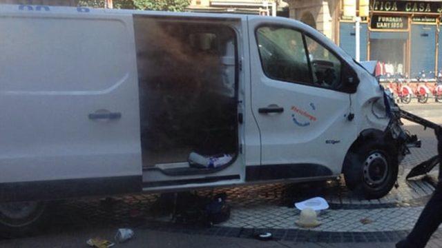 camioneta-barcelona-atentado