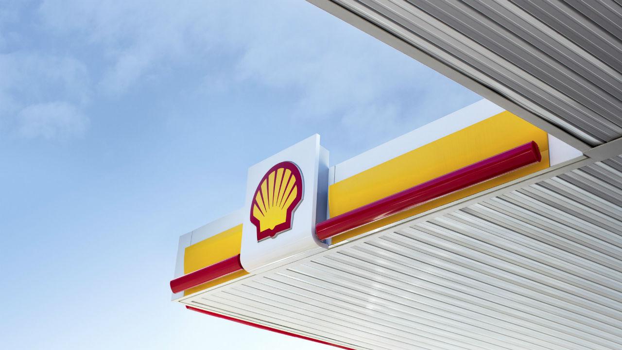 Shell gana más de lo esperado impulsada por refinación