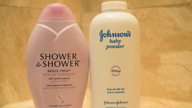 J&J-talco-Johnson & Johnson
