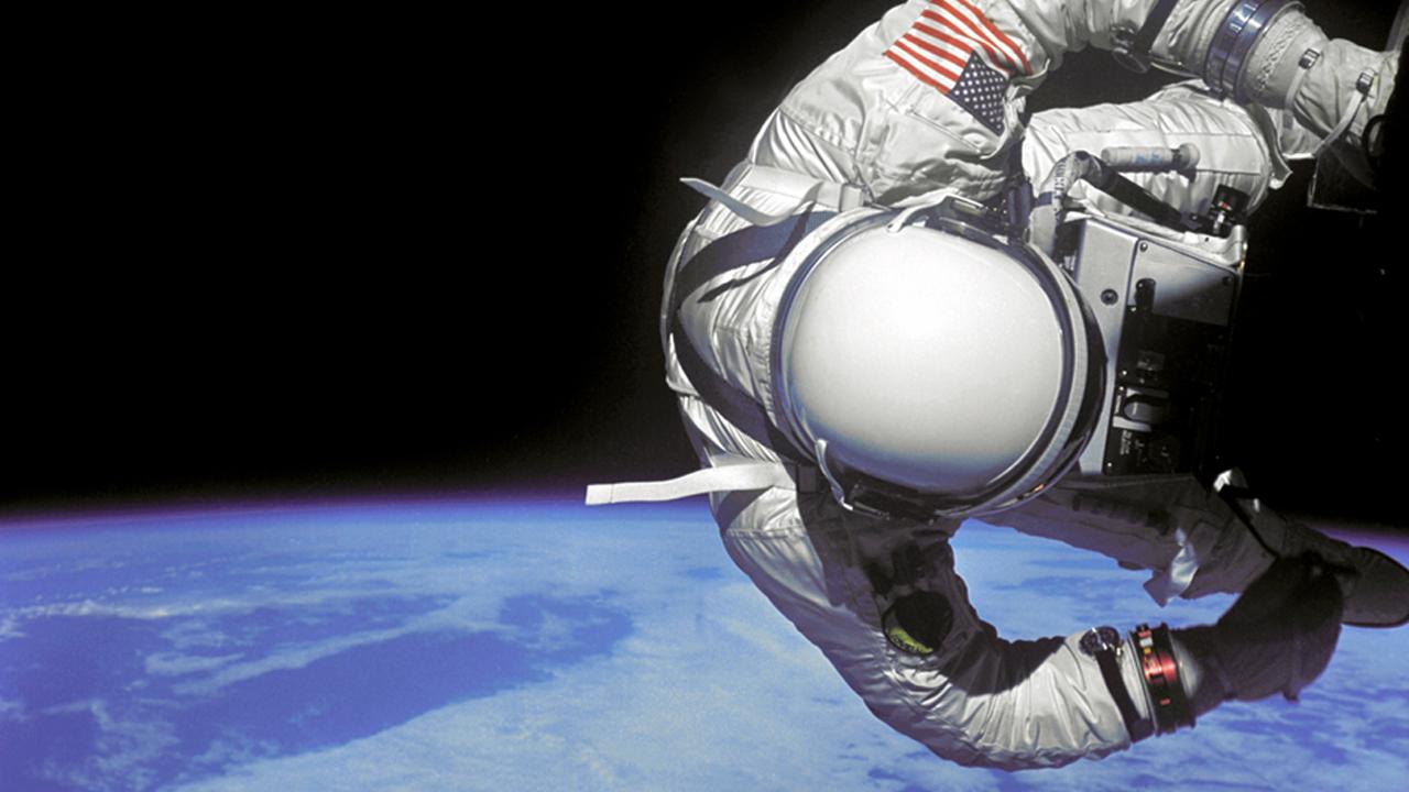 EU prepara un nuevo ejército para 'dominar' el espacio en 2020
