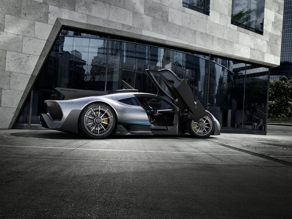Mercedes-Benz AMG project one formula 1 para la ciudad