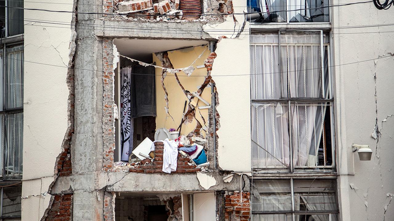 Salen de los escombros preguntas sobre la pobre planeación urbana
