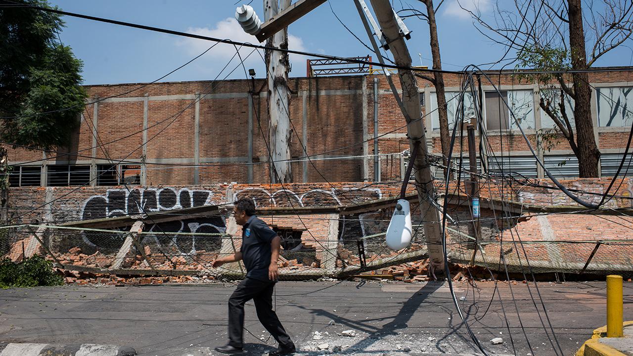 SEP reubicará a casi medio millón de estudiantes por sismo