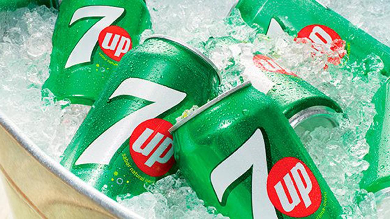 Pepsi suspende distribución de 7Up en Mexicali por intoxicación