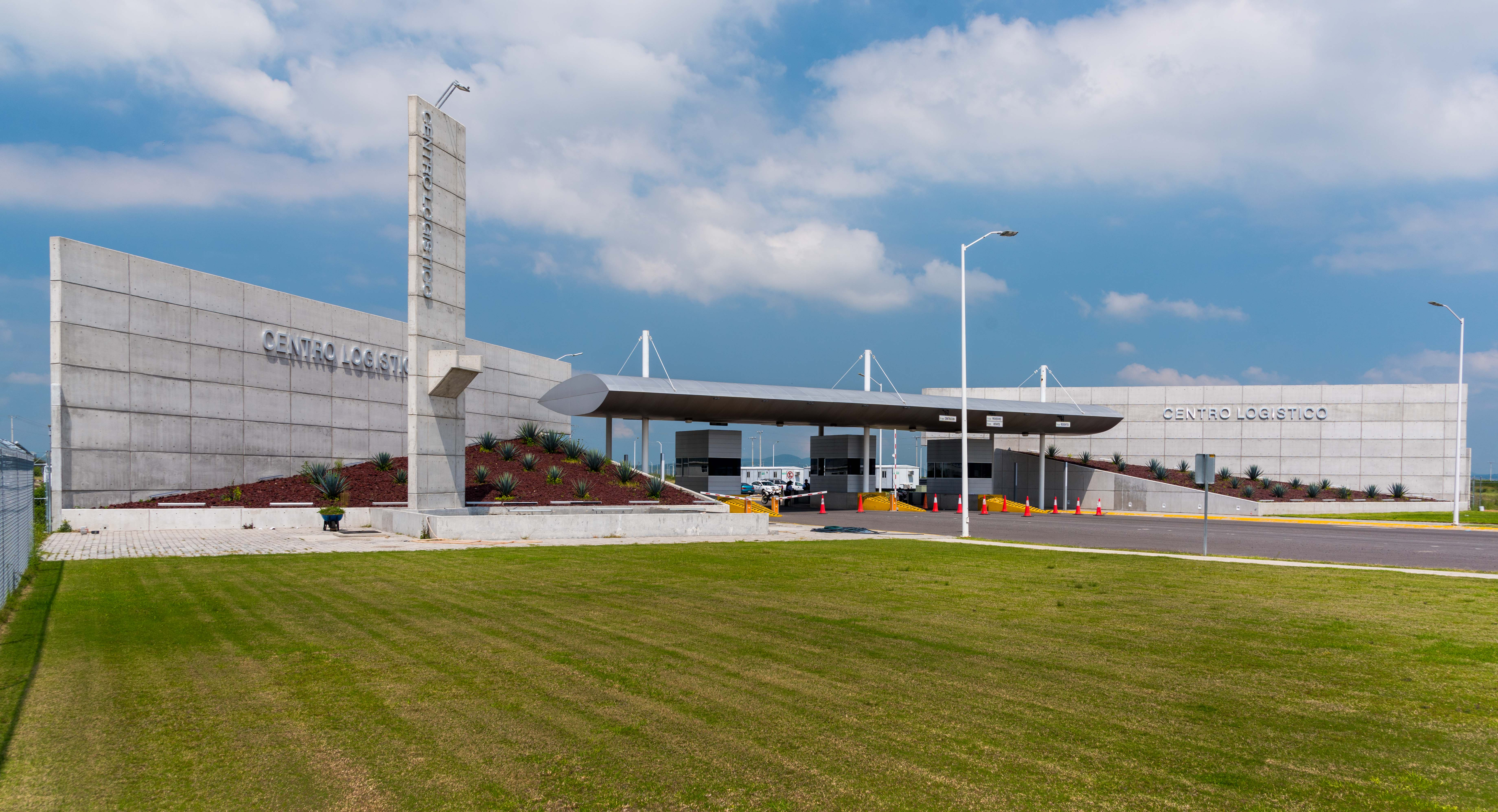 Parques industriales abonan al ordenamiento urbano y manufacturero