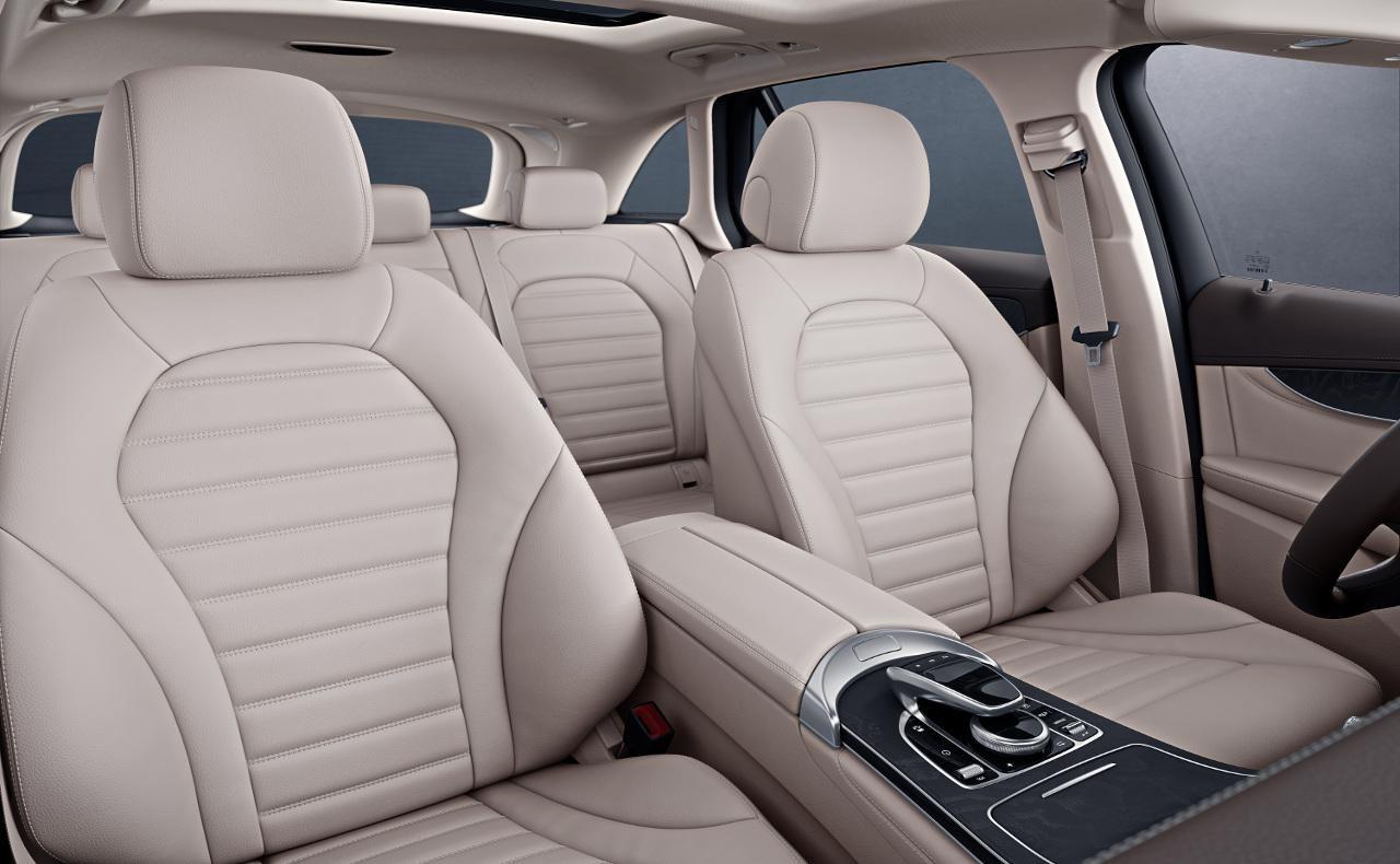 GLC Mercedes-Benz interior