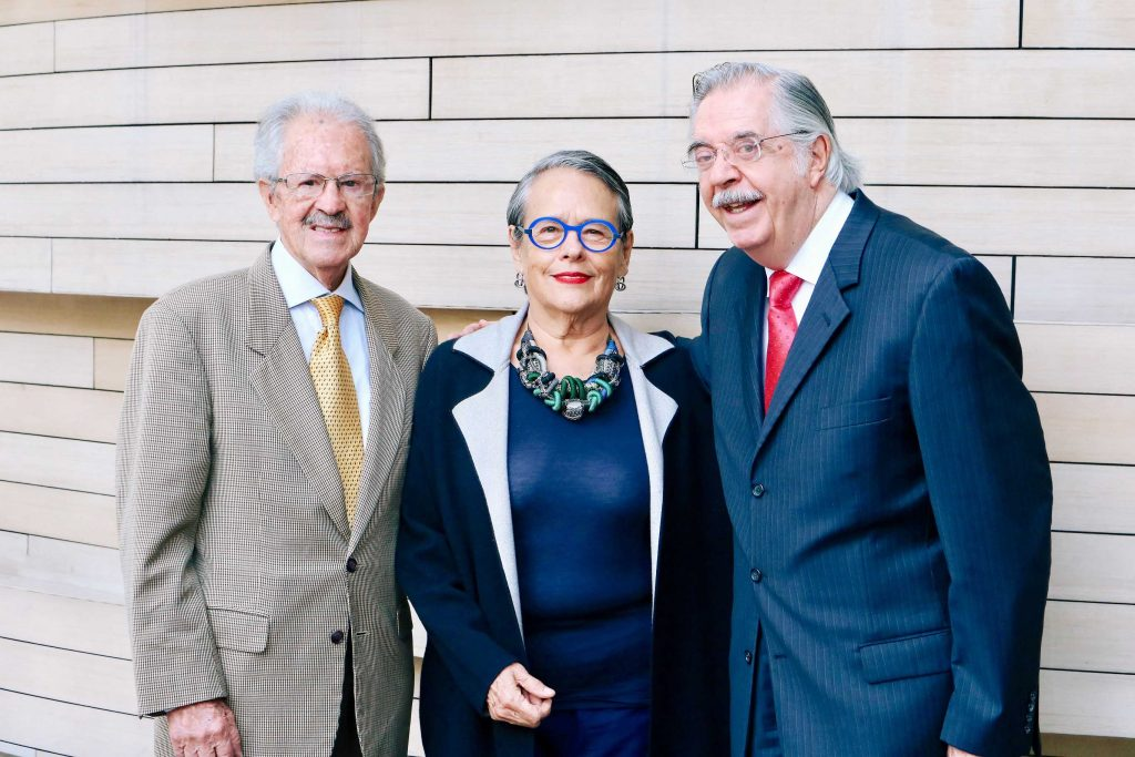 René Martínez, Carmen Titita Ramírez Degollado y José Mayora.
