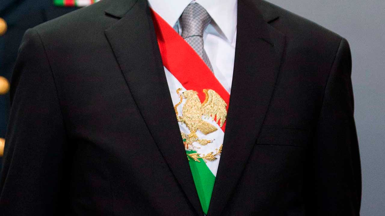 Panistas buscan reforma que permita juicio político a presidentes