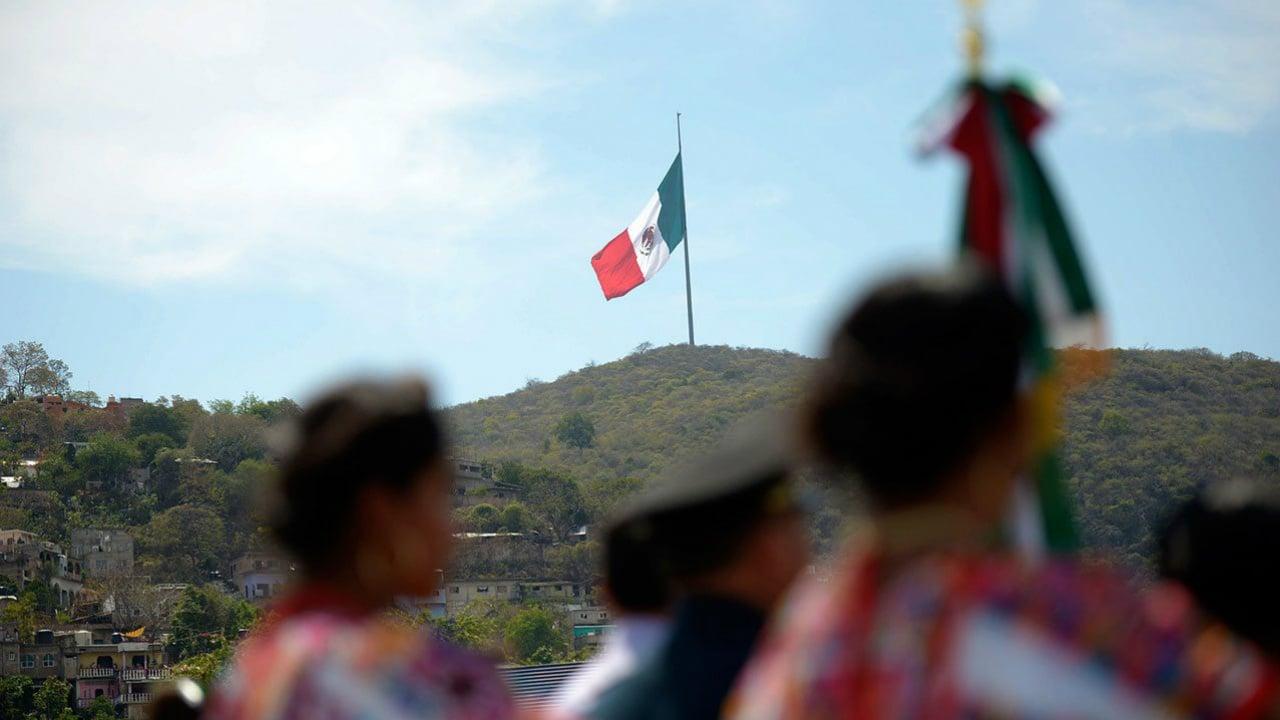 Economía de México crece 2.3% en 2017: Inegi
