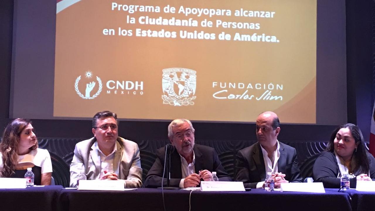 Fundación Carlos Slim financiará trámites para ciudadanía en EU
