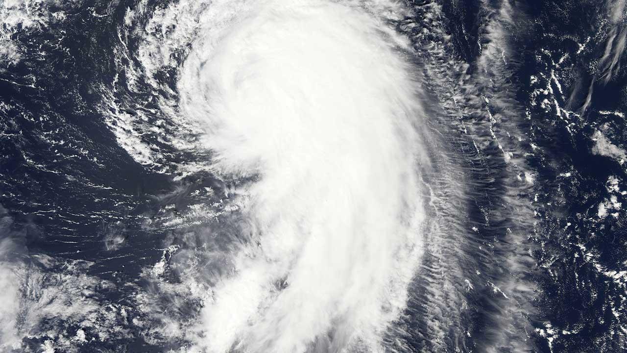 Turistas son desalojados en República Dominicana por huracán María