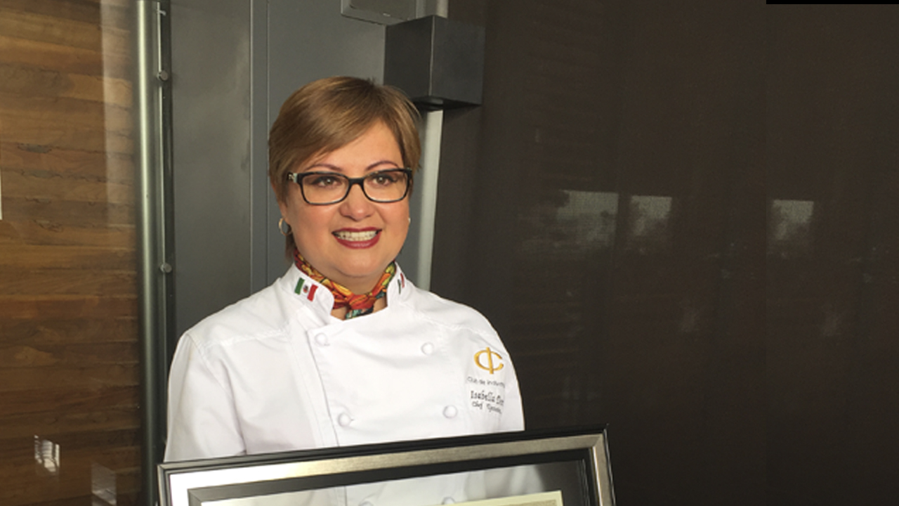 Chef mexicana es la primera de LATAM en ganar la presea de honor en Francia
