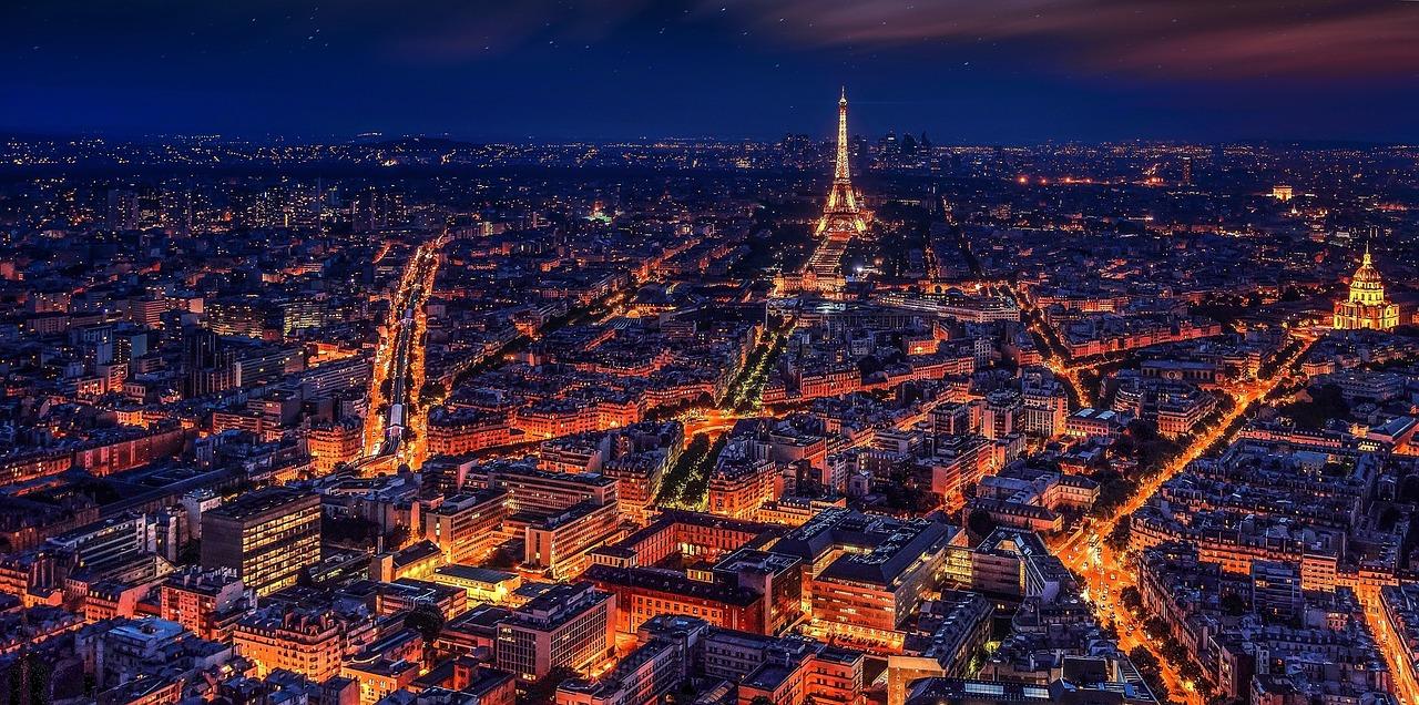 1,500 personas evacuadas en París por la subida del Sena