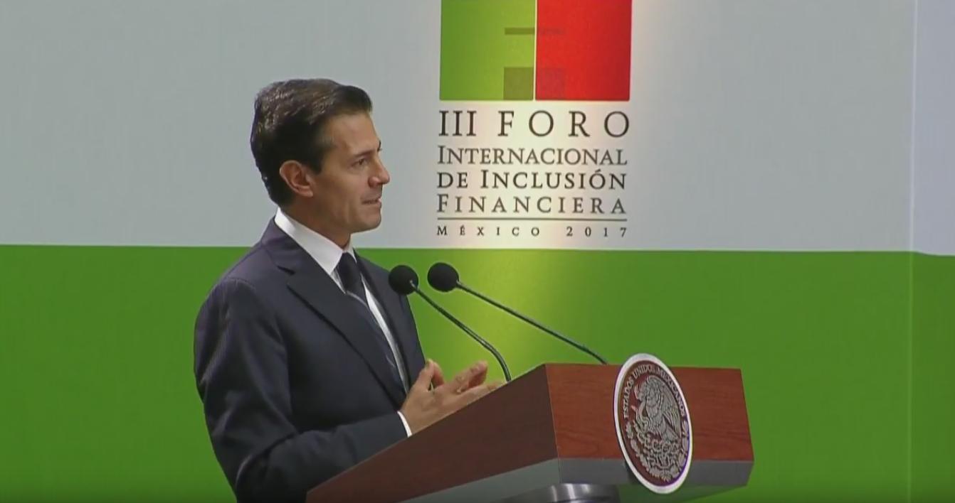 Peña Nieto promete Ley Fintech al final de septiembre