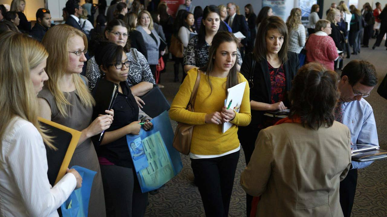 Tasa de desocupación fue de 3.3% en noviembre