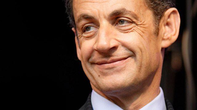 México debe voltear a ver otros países, no sólo a EU: Sarkozy