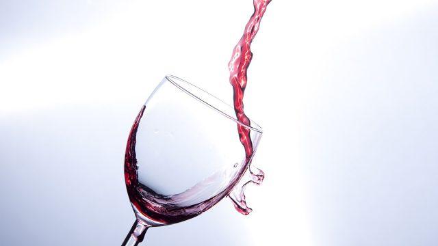 vino y género