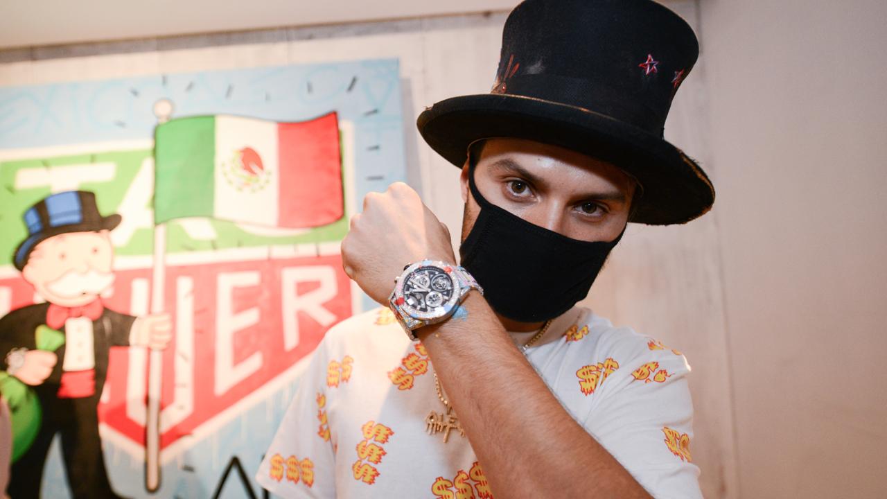 Tag Heuer presenta su colaboración con el Art Provocateur, Alec Monopoly