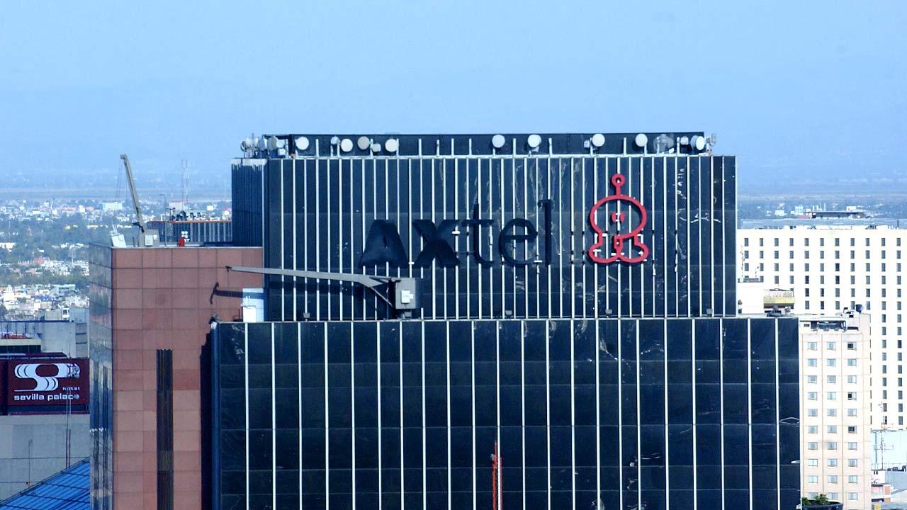 Axtel acuerda la venta de su negocio de fibra a Televisa por 4,713 mdp