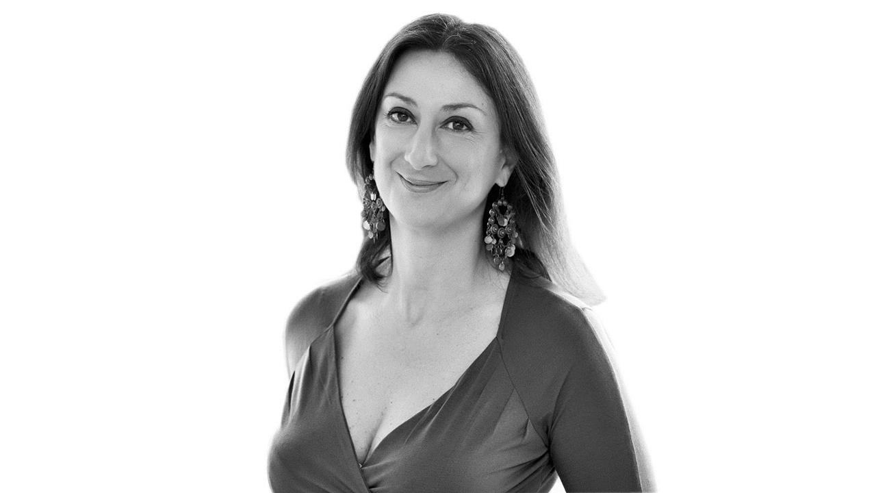 Periodista muere en ataque con coche bomba en Malta