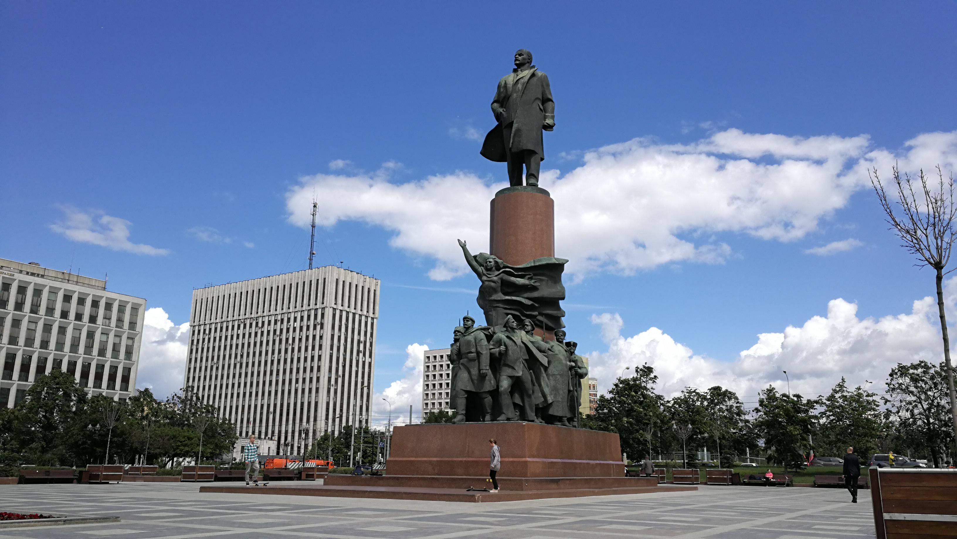 100 después de su revolución, la economía de Rusia sigue casi igual