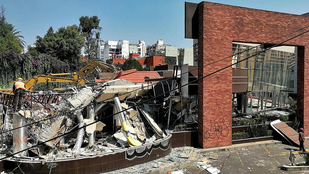 Destruido, así luce uno de los McDonald's más antiguos en CDMX