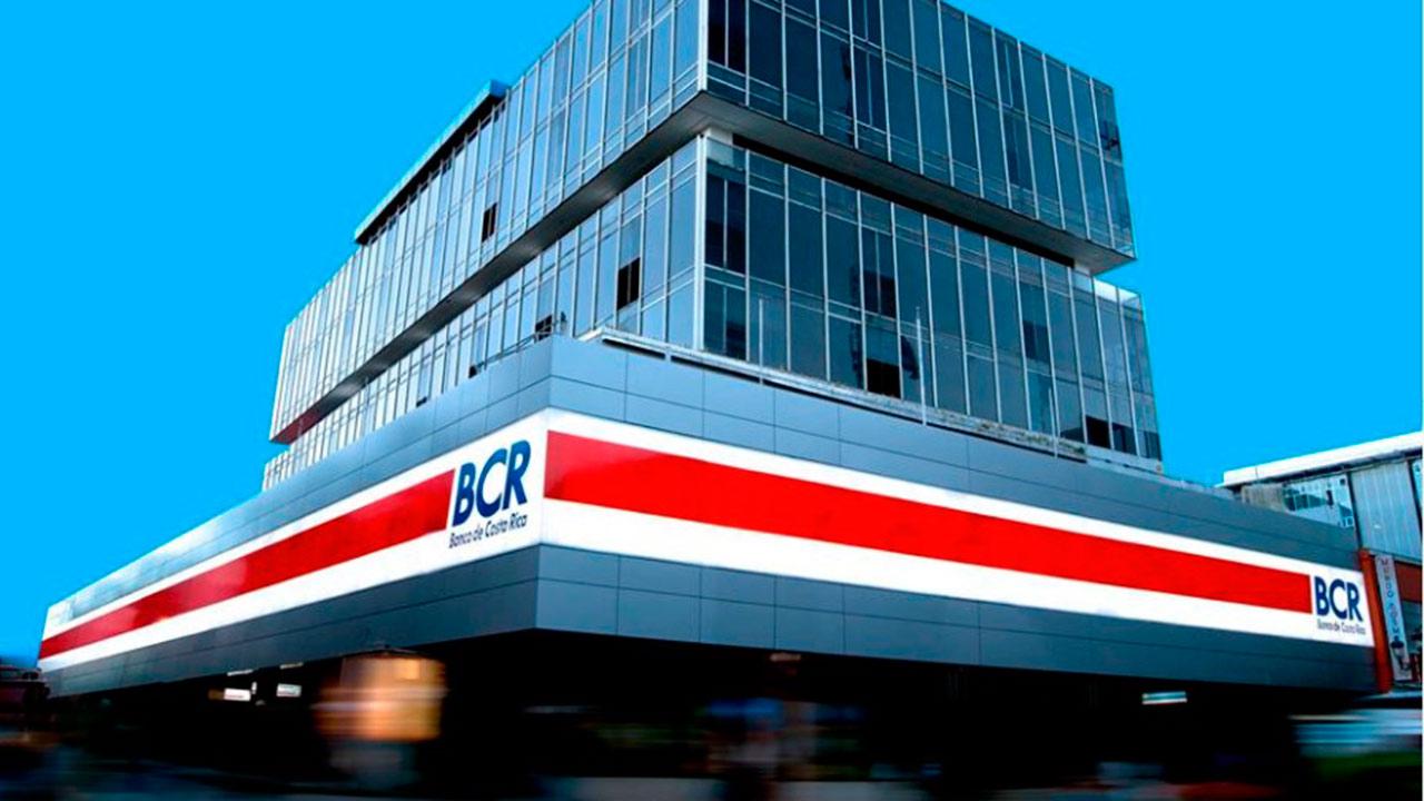 Fitch baja calificación de viabilidad a Banco de Costa Rica