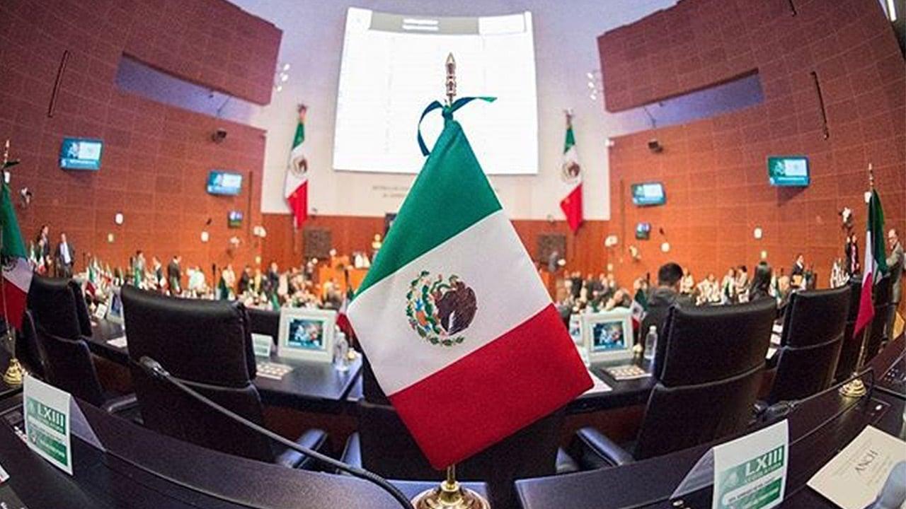 Avanza en Senado minuta que cancelará reforma laboral de Calderón