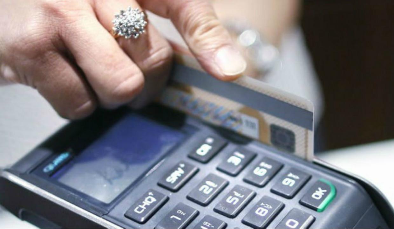 Además de las tarjetas de crédito, estas deudas te mandan al Buró de Crédito
