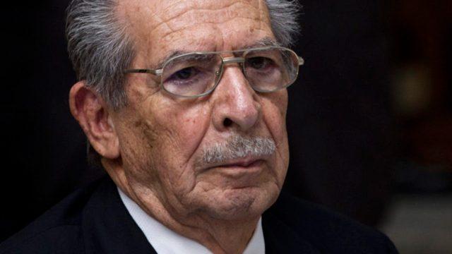 Este viernes se reanuda juicio contra exgobernante de facto guatemalteco, Ríos Montt