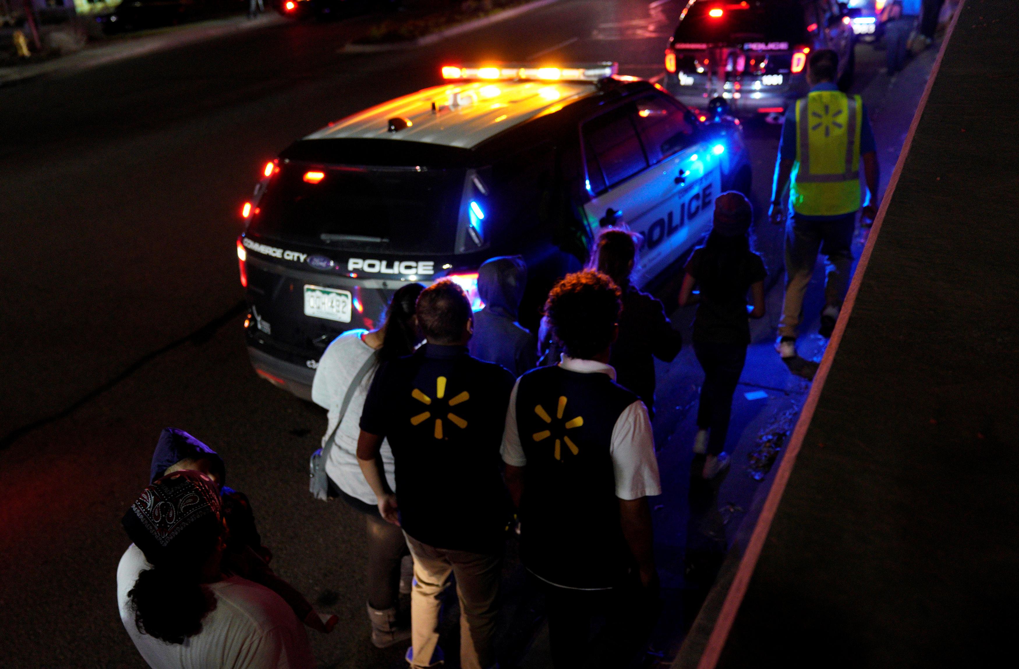 Policía detiene a sospechoso del tiroteo en Walmart de Colorado