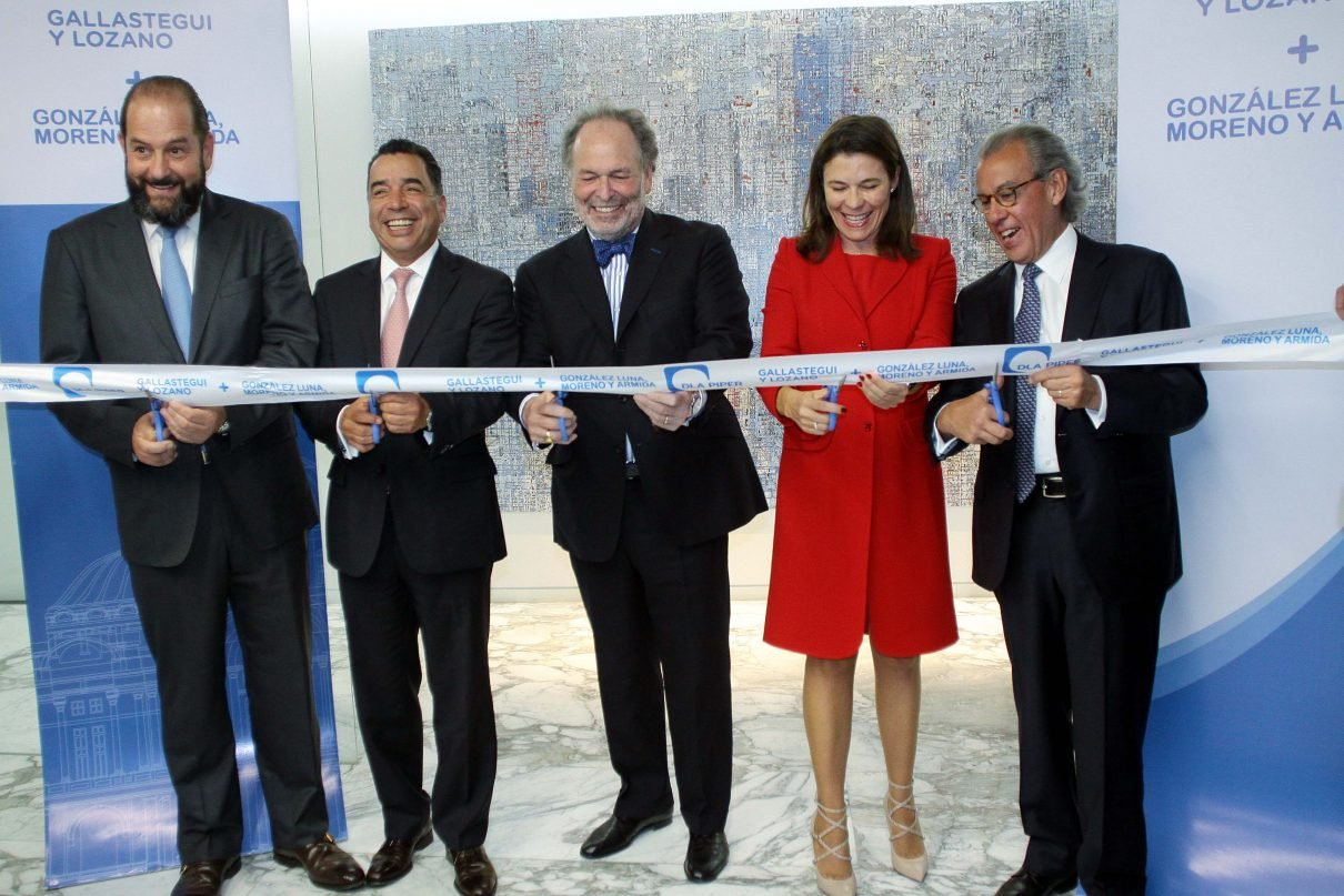 Inversionistas urgen a voltear hacia Europa