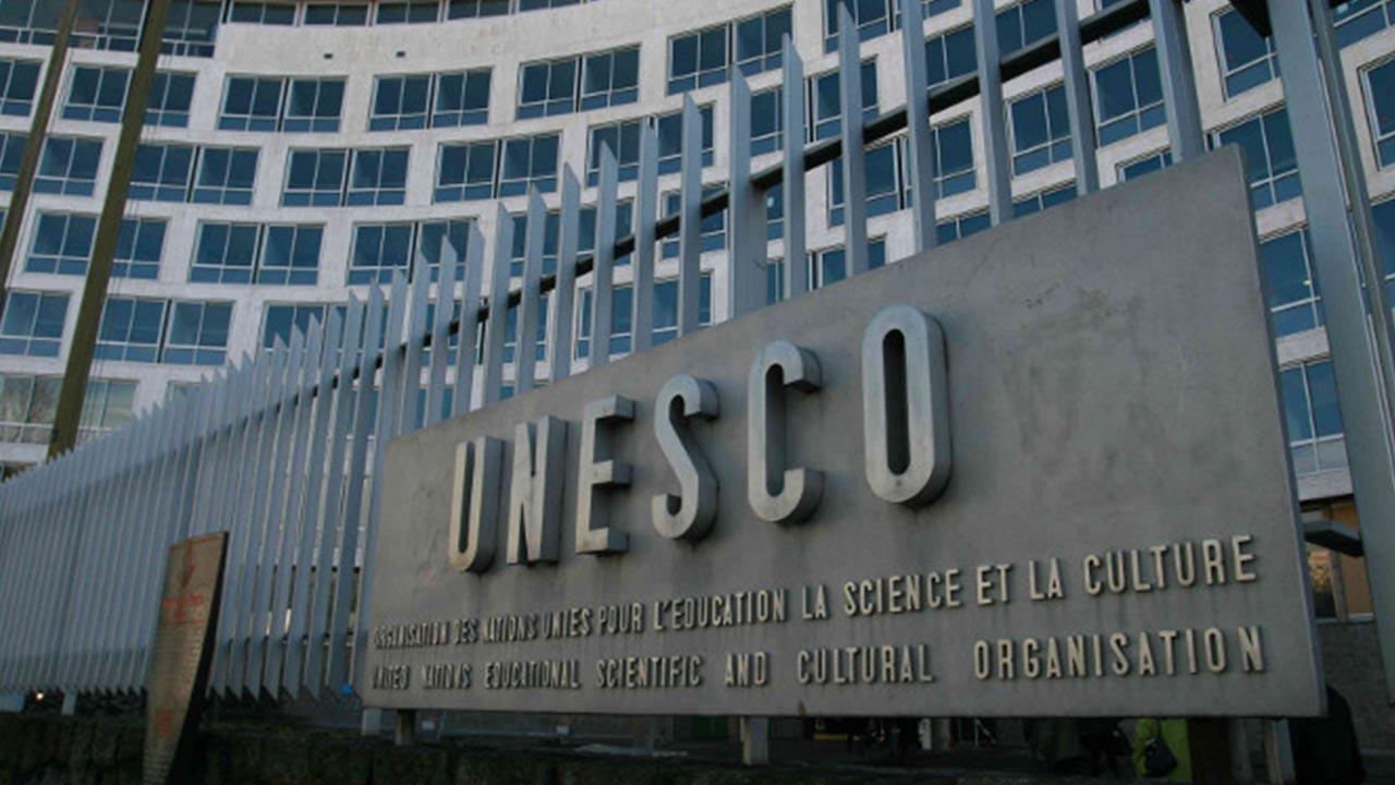 Unesco lanza nueva guía contra la desinformación en internet