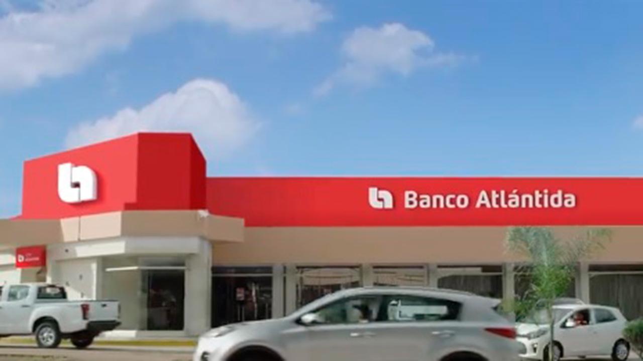 Banco Atlántida inicia operaciones en El Salvador